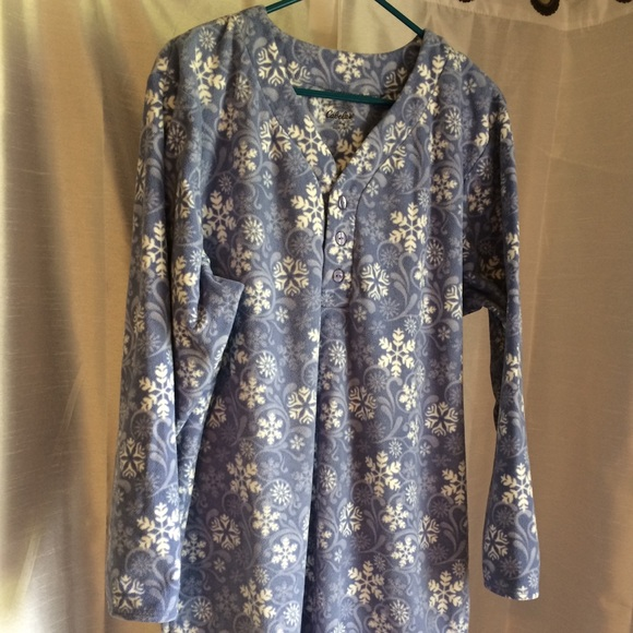 Cabela s Fleece Nightgown XL Violet 84159af89